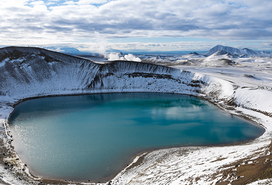 aerial shot of a blue lagoon in iceland